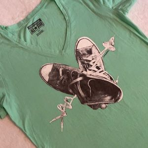 Converse All Star V-Neck Chuck Taylor Graphic Tee